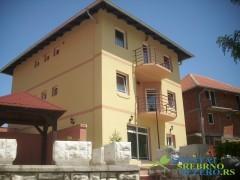 Apartmani DESKOM - apartmani na Srebrnom jezeru