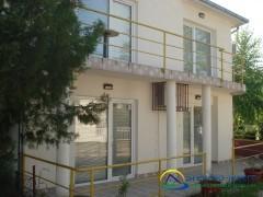 Studio Beli Bagrem Miljković - sobe na Srebrnom jezeru
