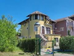 Vila Romantika - apartmani na Srebrnom Jezeru
